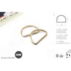 2 x 20mm Anneaux demi lunes / Metal /  Moulé / Plat / Dore Clair / Dore Rose